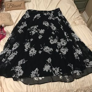 Lane Bryant navy and white maxi skirt size 22/24